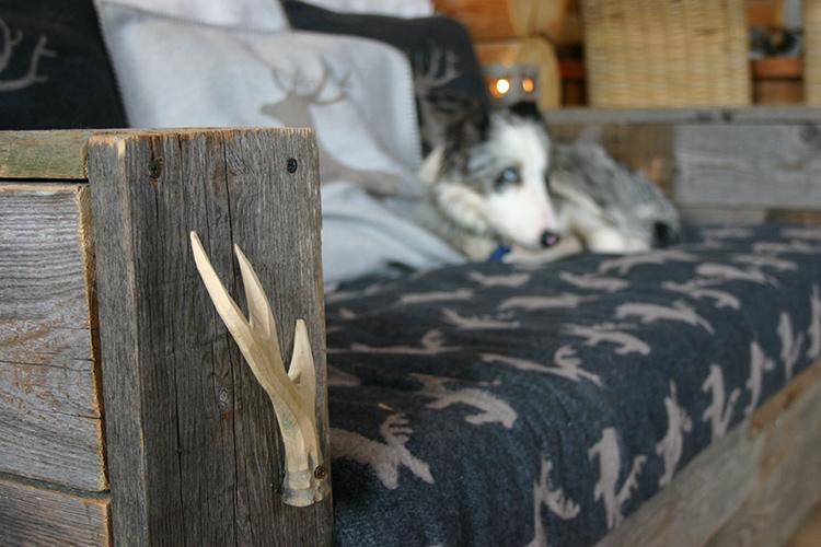 Dogloghomes - The Lodge